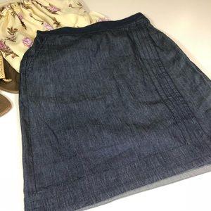 G.H. Bass & Co. Light Weight Chambray Skirt S